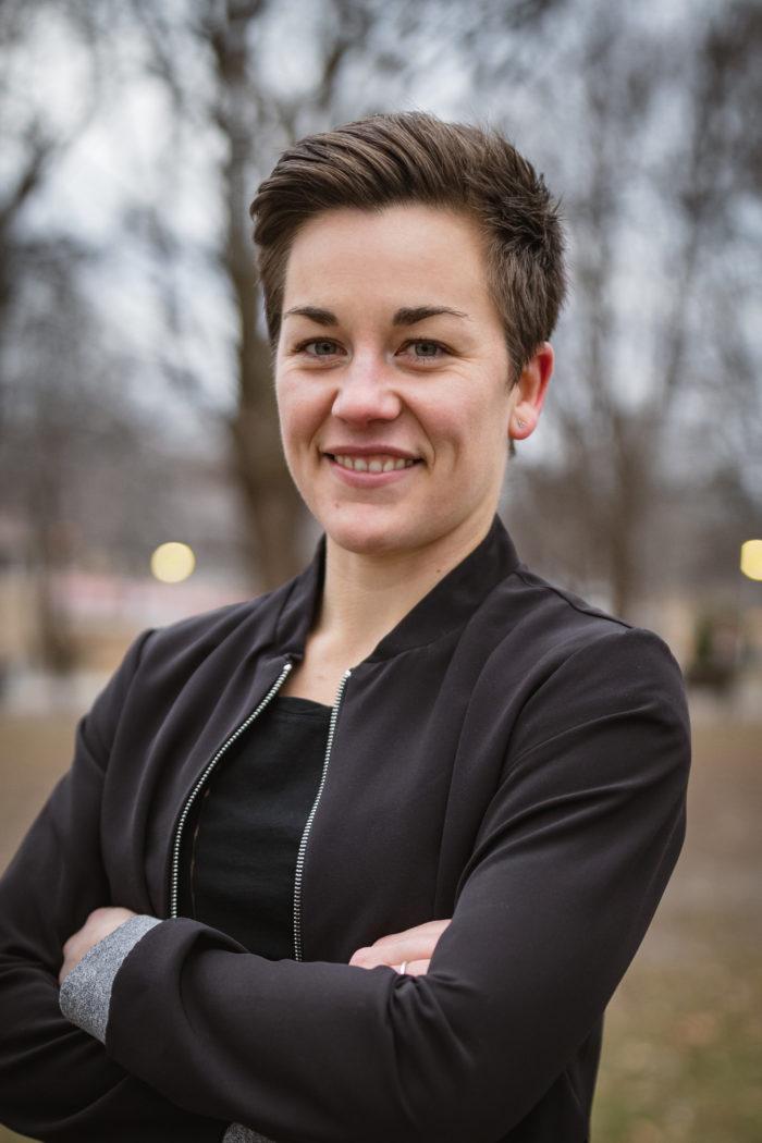Elisabeth Poirier-Defoy headshot