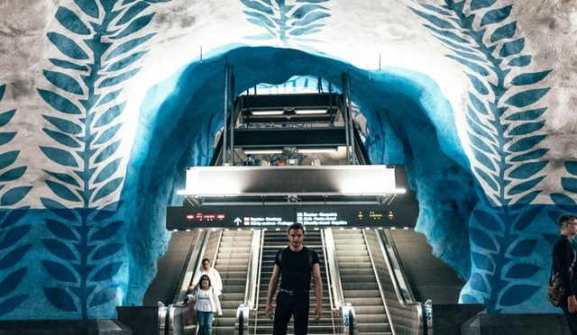 Station entrance - Unsplash